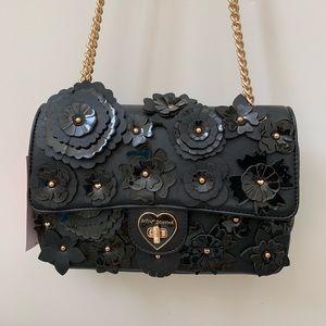 Betsey Johnson black flower gold chain bag pursue